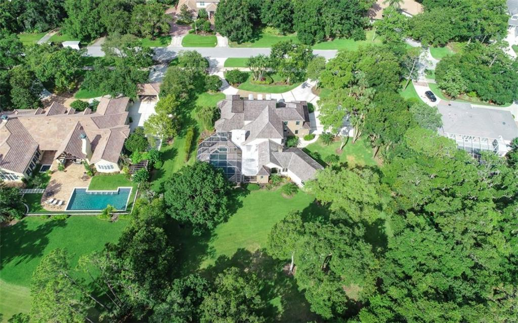 Laurel Oak Country Club and Estates - 405 homes, gated, 24hr security, on-site property manager. - Single Family Home for sale at 3183 Dick Wilson Dr, Sarasota, FL 34240 - MLS Number is A4412326