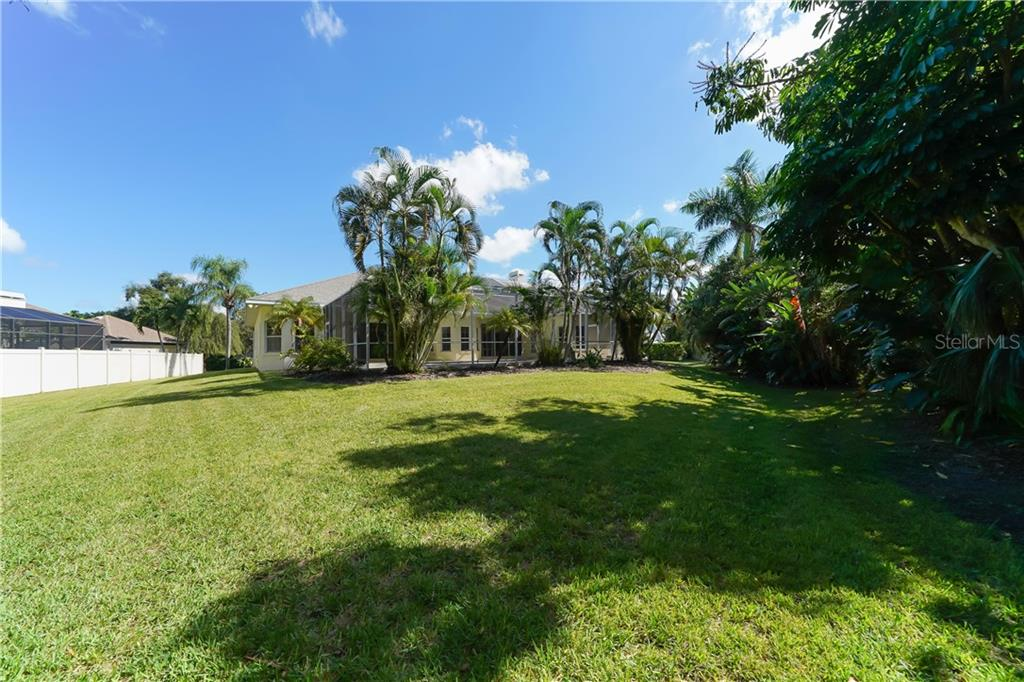 Rare to find a lot this size so private & close to the bay - Single Family Home for sale at 1714 79th Ct W, Bradenton, FL 34209 - MLS Number is A4416601
