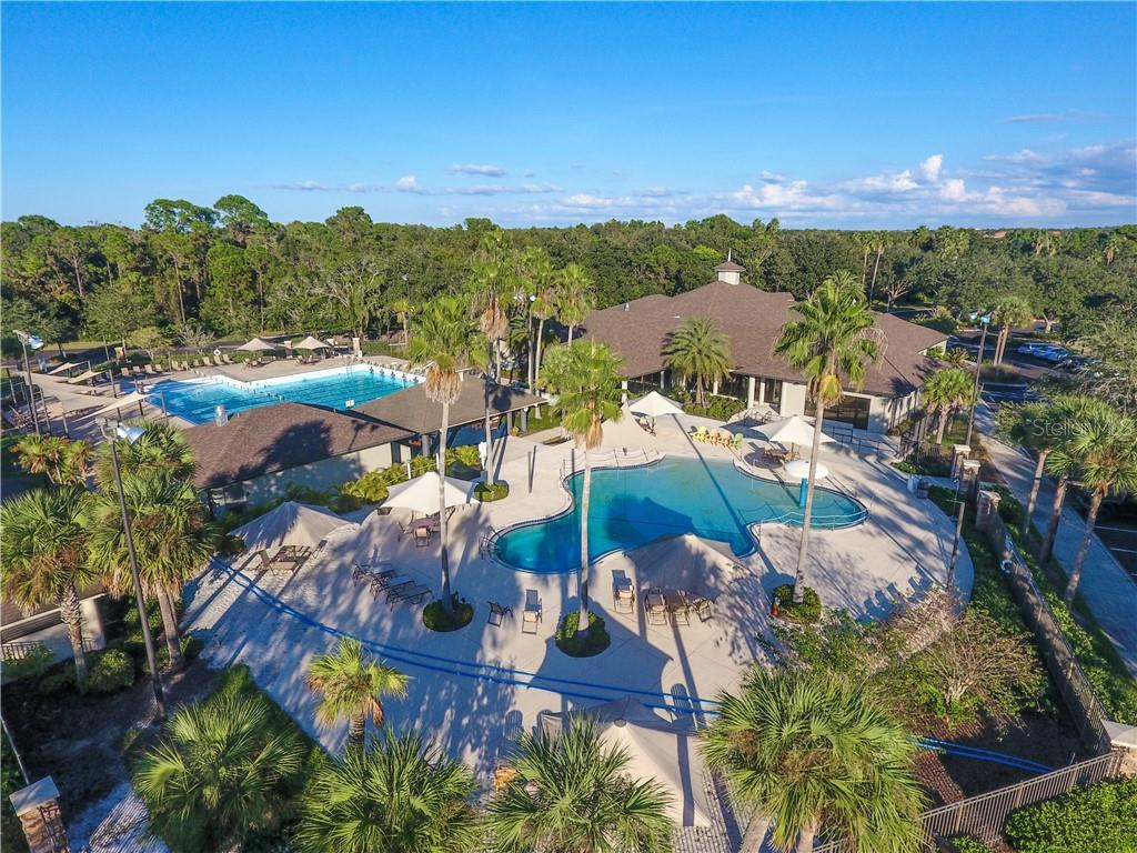 Lakewood Ranch Country Club Athletic Center - Single Family Home for sale at 7060 Whitemarsh Cir, Lakewood Ranch, FL 34202 - MLS Number is A4417363