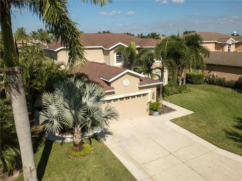 Single Family Home for sale at 3803 5th Ave Ne, Bradenton, FL 34208 - MLS Number is A4417524