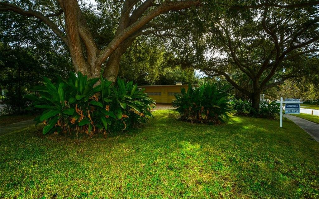 Single Family Home for sale at 2121 Mcclellan Pkwy, Sarasota, FL 34239 - MLS Number is A4417822