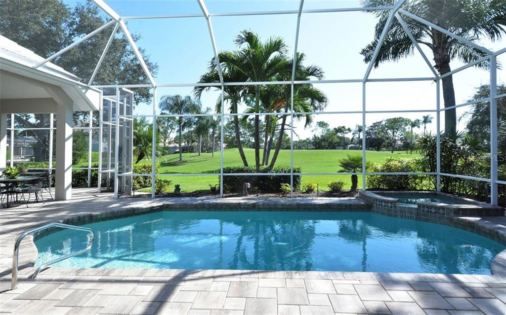 Pool - Single Family Home for sale at 462 Sherbrooke Ct, Venice, FL 34293 - MLS Number is A4418225