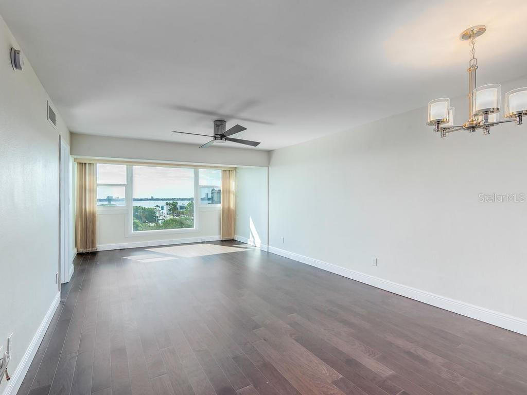 Open concept Living and Dining Rooms - Condo for sale at 33 S Gulfstream Ave #706, Sarasota, FL 34236 - MLS Number is A4419314