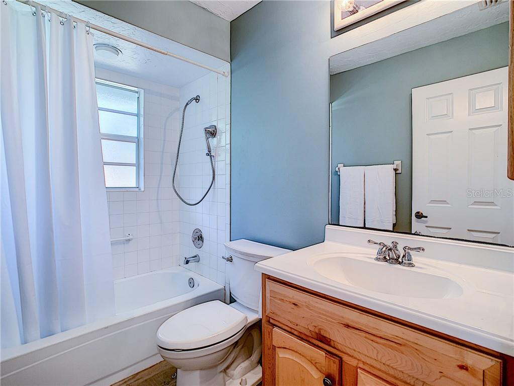 Guest Bathroom - Single Family Home for sale at 4559 Trails Dr, Sarasota, FL 34232 - MLS Number is A4420363