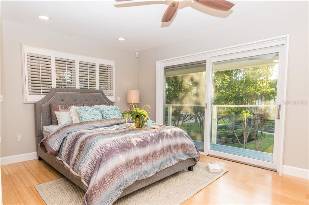 Master Bedroom. - Single Family Home for sale at 108 Sand Dollar Ln, Sarasota, FL 34242 - MLS Number is A4421218