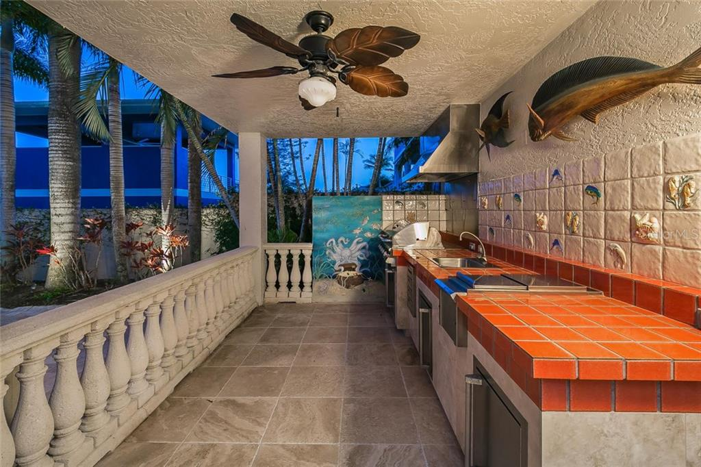 Single Family Home for sale at 1700 Casey Key Rd, Nokomis, FL 34275 - MLS Number is A4422237