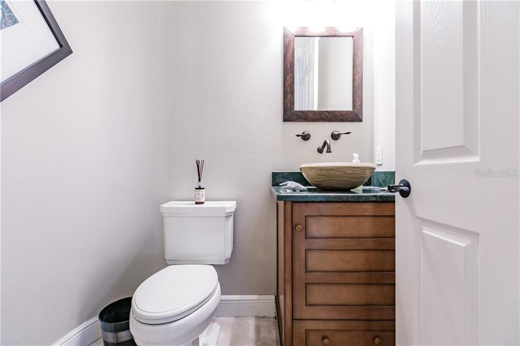 powder room - Single Family Home for sale at 557 Fore Dr, Bradenton, FL 34208 - MLS Number is A4423161