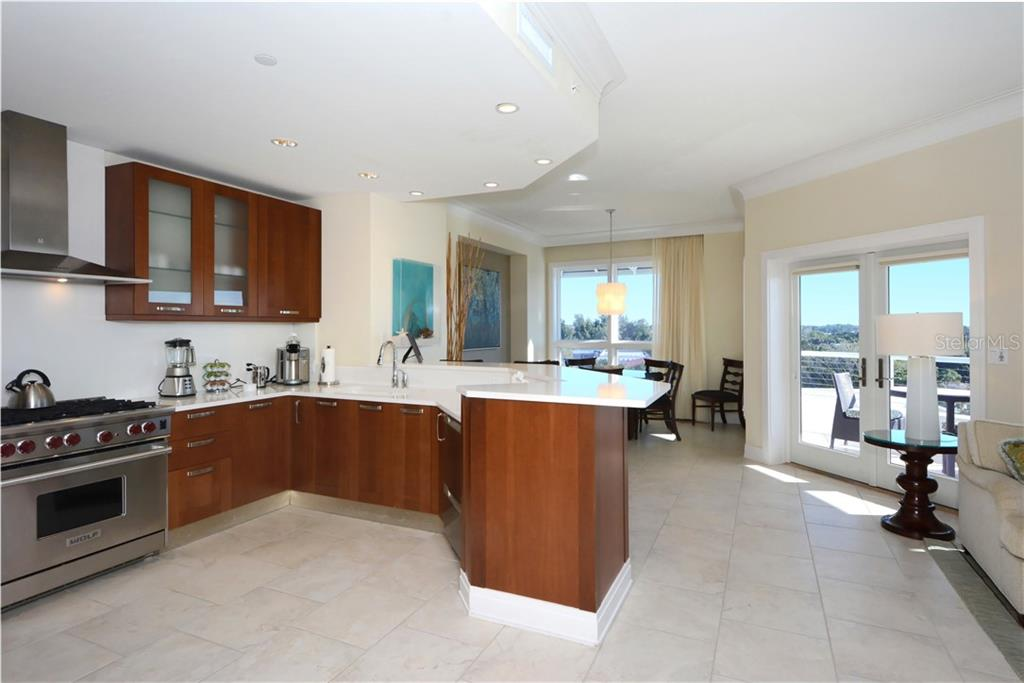 Condo for sale at 915 Seaside Dr ##402, Weeks 26-27, Sarasota, FL 34242 - MLS Number is A4423667
