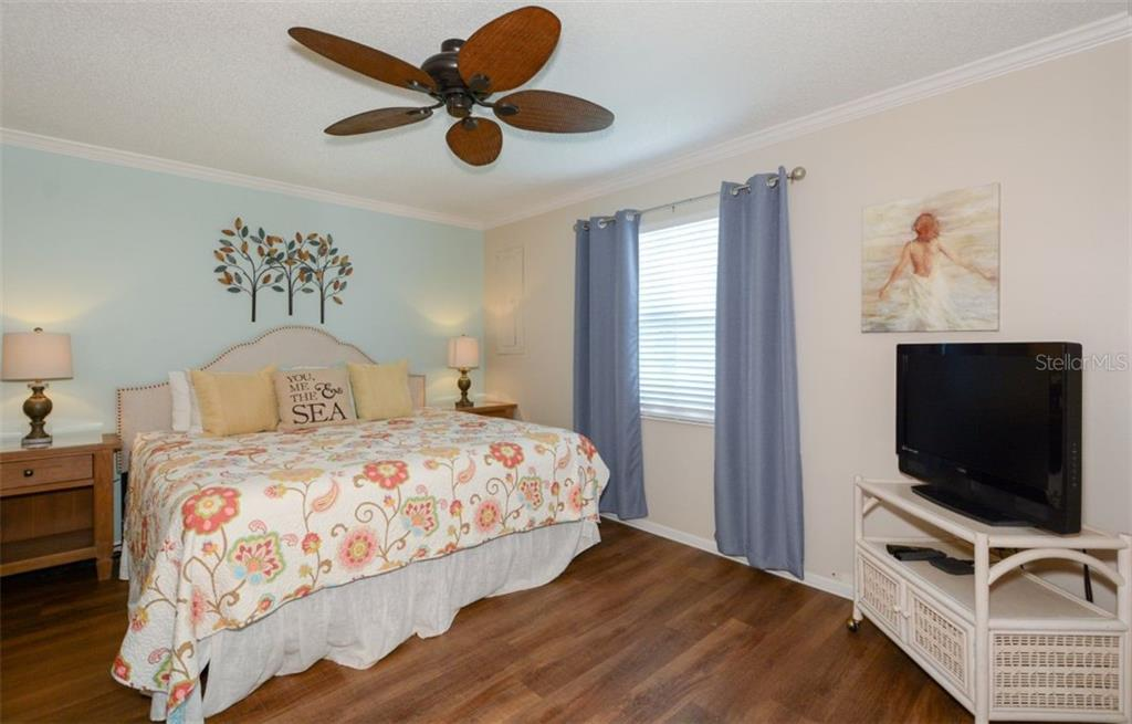 Master Bedroom for 366 - Duplex/Triplex for sale at 364 E Canal Rd, Sarasota, FL 34242 - MLS Number is A4425762