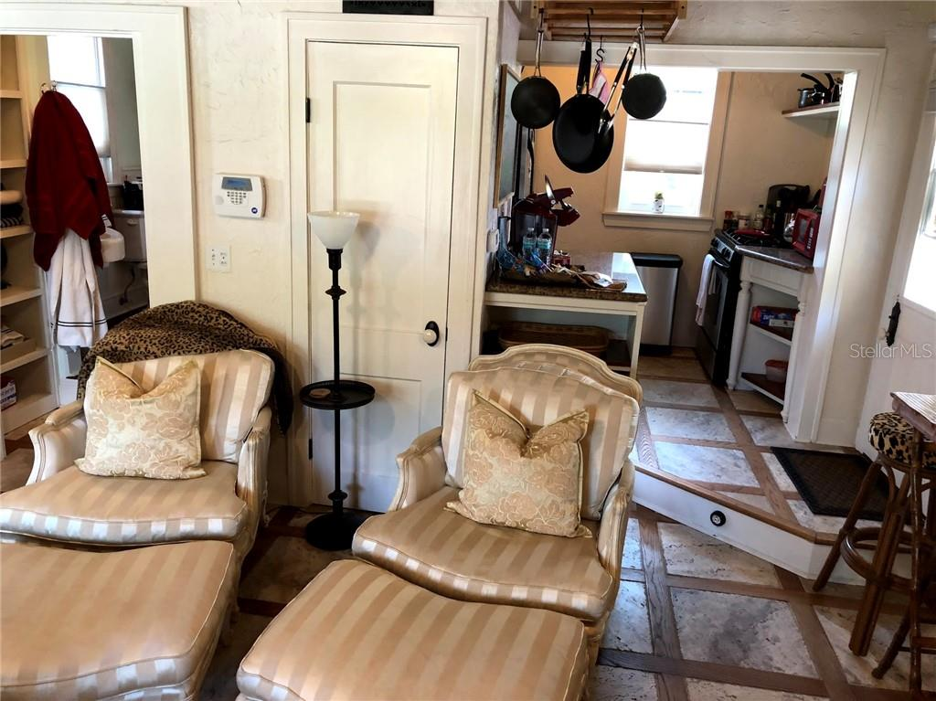 Guest lounge chairs - Single Family Home for sale at 707 N Osprey Ave, Sarasota, FL 34236 - MLS Number is A4429678
