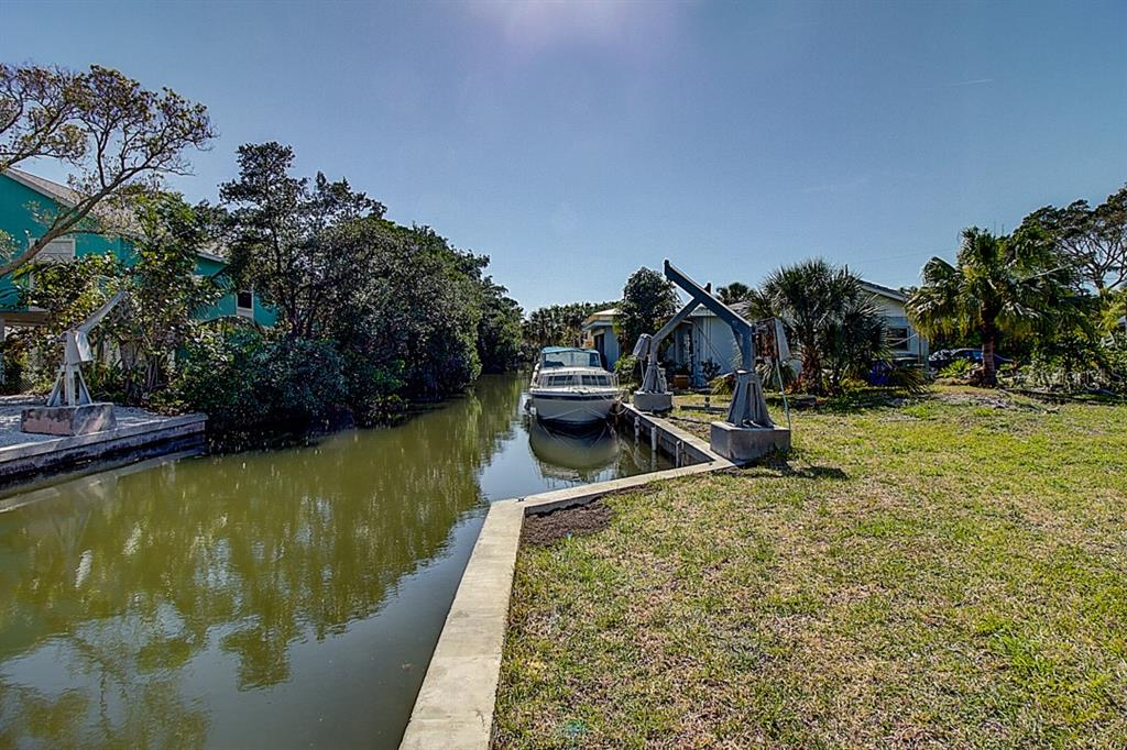 Vacant Land for sale at 656 Tarawitt Dr, Longboat Key, FL 34228 - MLS Number is A4429909