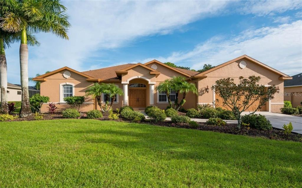 Single Family Home for sale at 15510 29th St E, Parrish, FL 34219 - MLS Number is A4431197