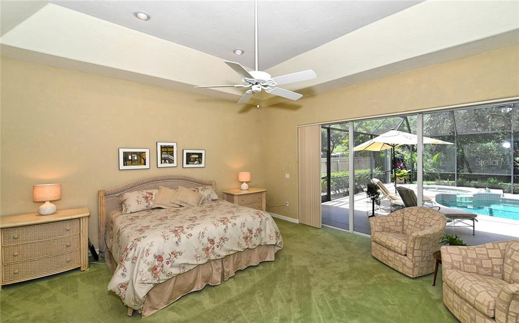 Single Family Home for sale at 2914 Dick Wilson Dr, Sarasota, FL 34240 - MLS Number is A4434946