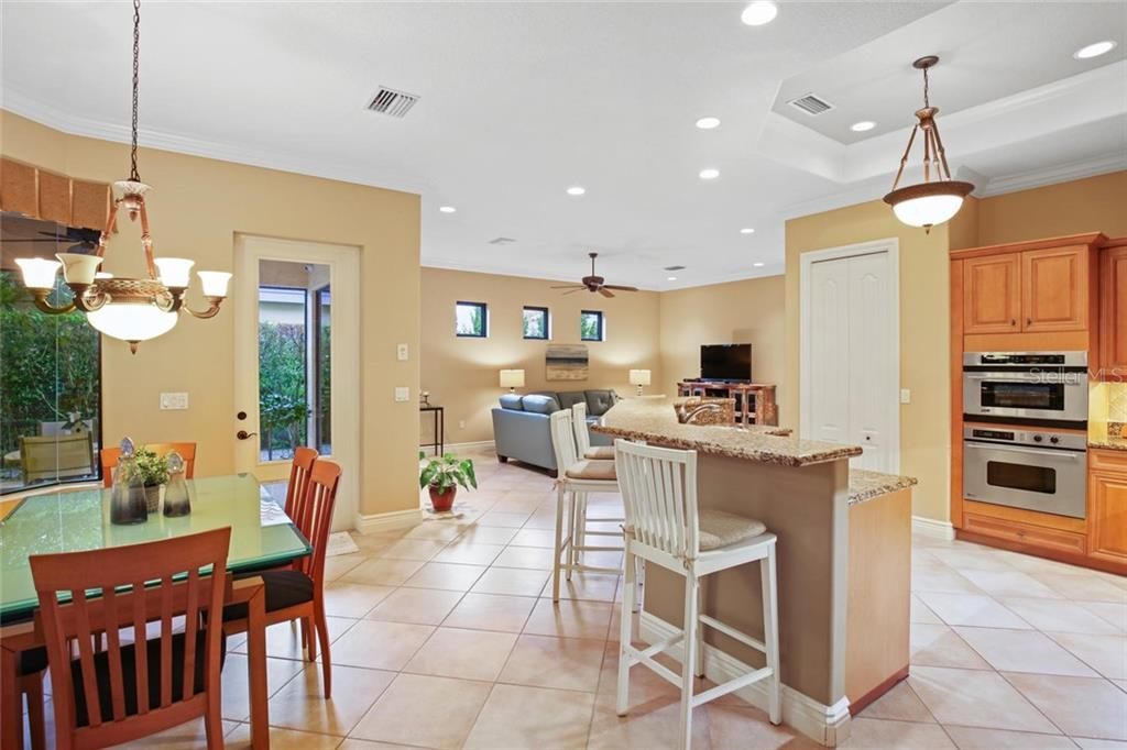 Single Family Home for sale at 1842 Morris St, Sarasota, FL 34239 - MLS Number is A4435368