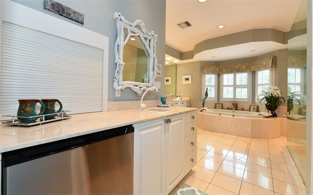 Master Bath Kitchen - Single Family Home for sale at 3809 Casey Key Rd, Nokomis, FL 34275 - MLS Number is A4437924