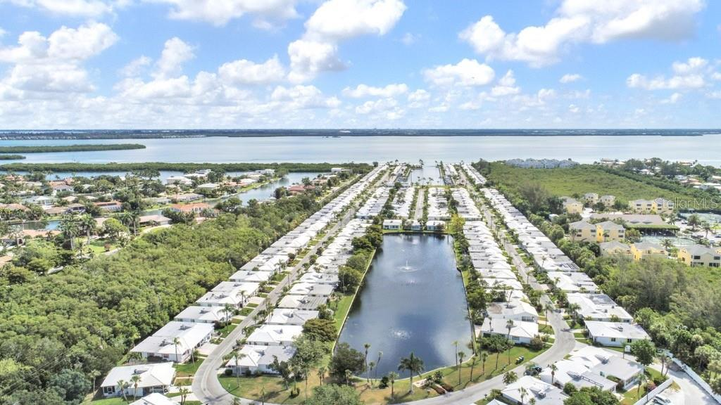 Spanish Main Yacht club aerial view - Villa for sale at 717 Spanish Dr N, Longboat Key, FL 34228 - MLS Number is A4438337