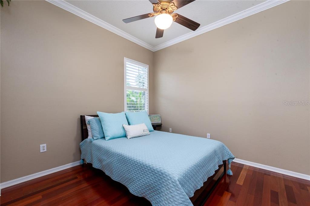 Ground floor guest bedroom - Single Family Home for sale at 13818 Nighthawk Ter, Lakewood Ranch, FL 34202 - MLS Number is A4438487