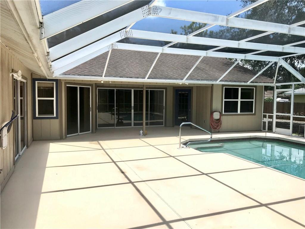 Single Family Home for sale at 6322 99th St E, Bradenton, FL 34202 - MLS Number is A4439978