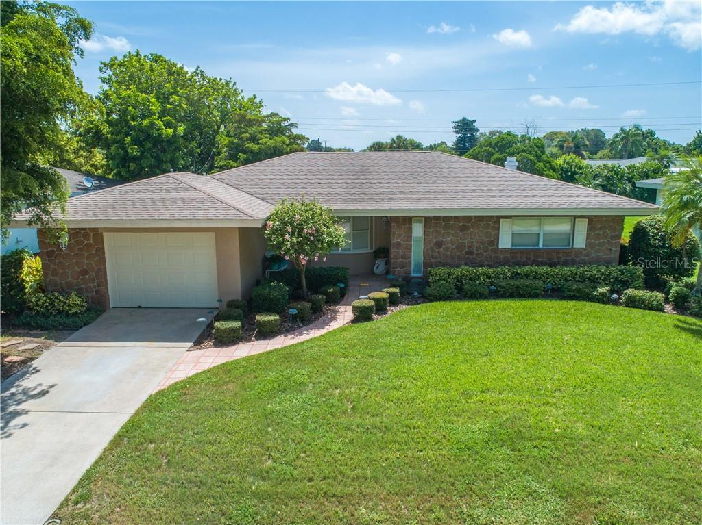 Single Family Home for sale at 6605 Bluewater Ave, Sarasota, FL 34231 - MLS Number is A4440551