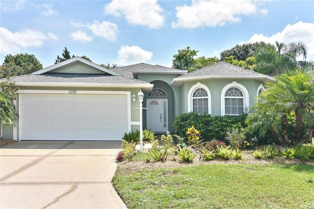 Single Family Home for sale at 1097 Whitegate Ct, Sarasota, FL 34232 - MLS Number is A4440782