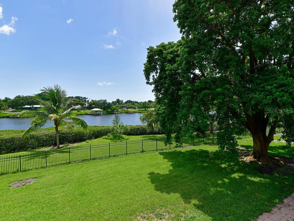 Single Family Home for sale at 5225 Riverview Blvd, Bradenton, FL 34209 - MLS Number is A4440843