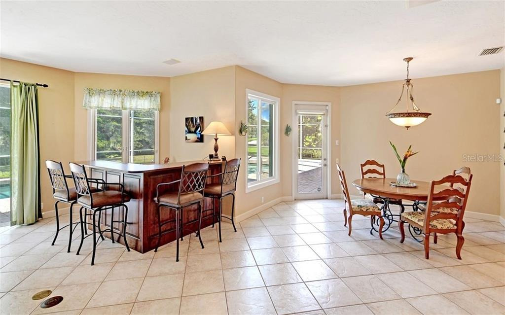 Single Family Home for sale at 6808 Pinehurst Pl, Bradenton, FL 34202 - MLS Number is A4446237