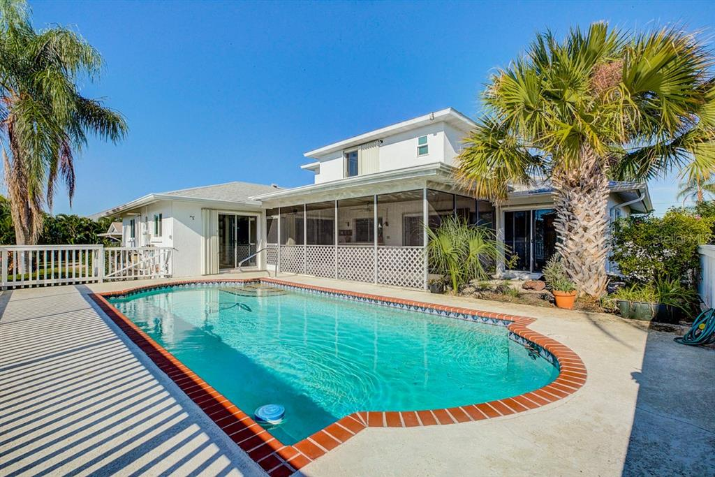 Large, deep pool that's great for swimming laps. - Single Family Home for sale at 523 67th St, Holmes Beach, FL 34217 - MLS Number is A4447854