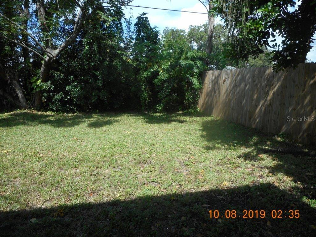 Single Family Home for sale at 2709 Trinidad St, Sarasota, FL 34231 - MLS Number is A4448283