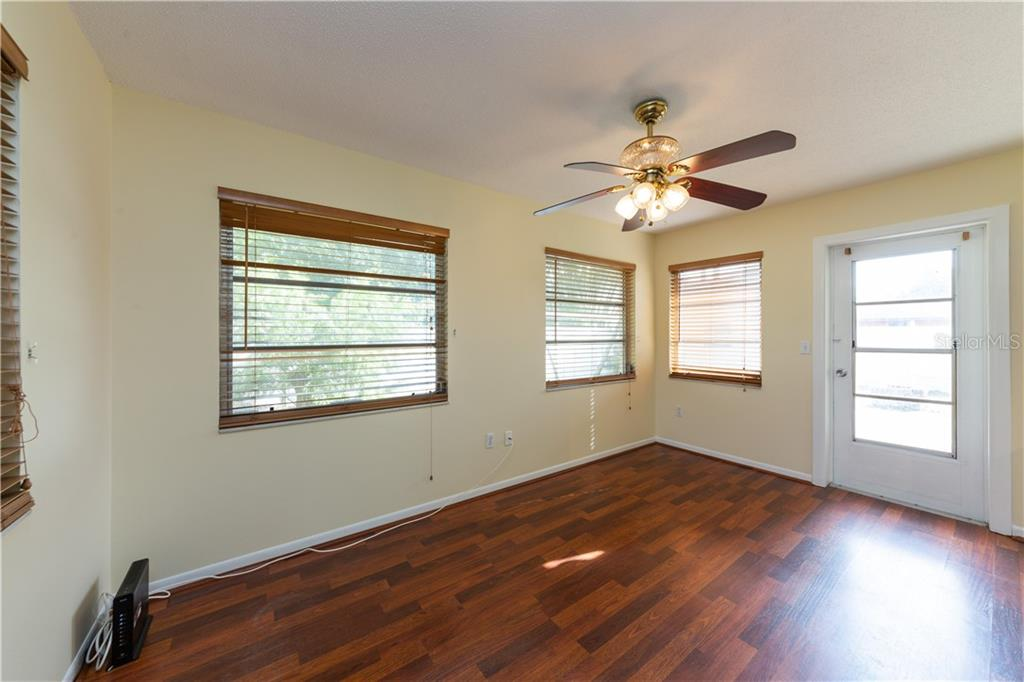 Family room - Duplex/Triplex for sale at 311 Coronado Rd, Venice, FL 34293 - MLS Number is A4449208