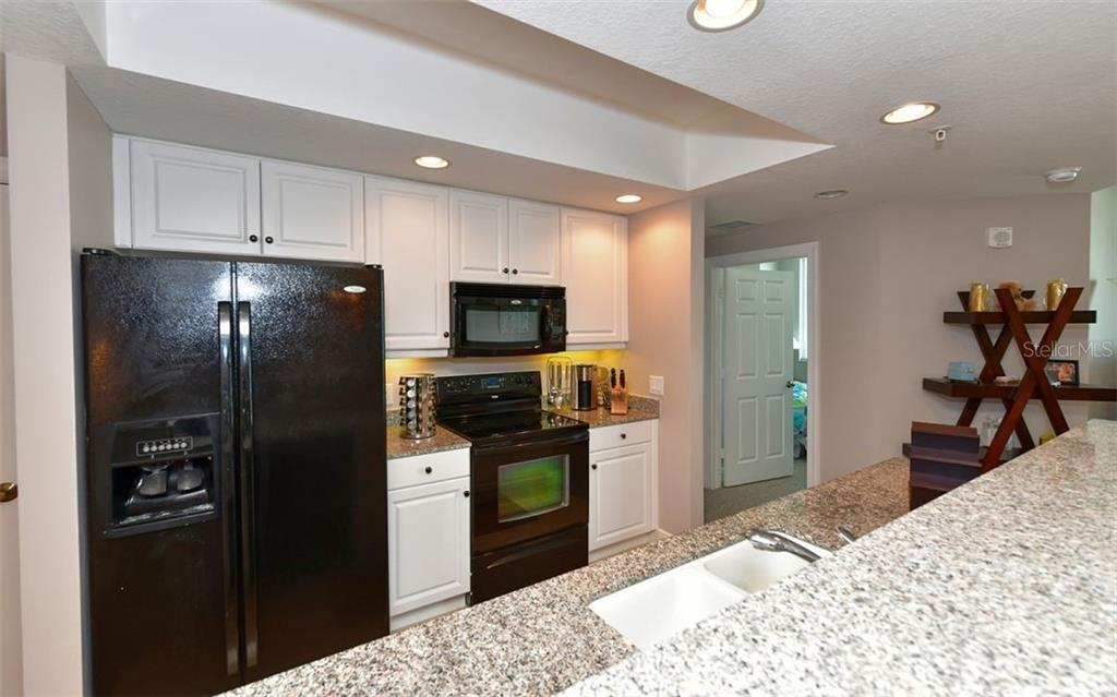 Condo for sale at 800 N Tamiami Trl #802, Sarasota, FL 34236 - MLS Number is A4449371