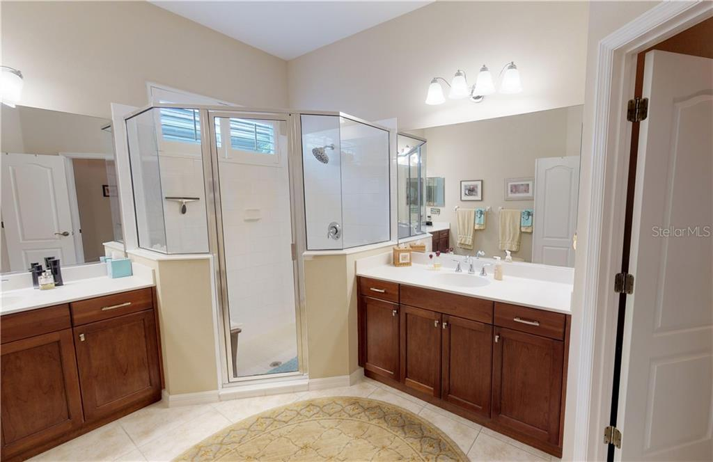 Huge master bathroom with dual sinks - Single Family Home for sale at 7288 Lismore Ct, Lakewood Ranch, FL 34202 - MLS Number is A4449934
