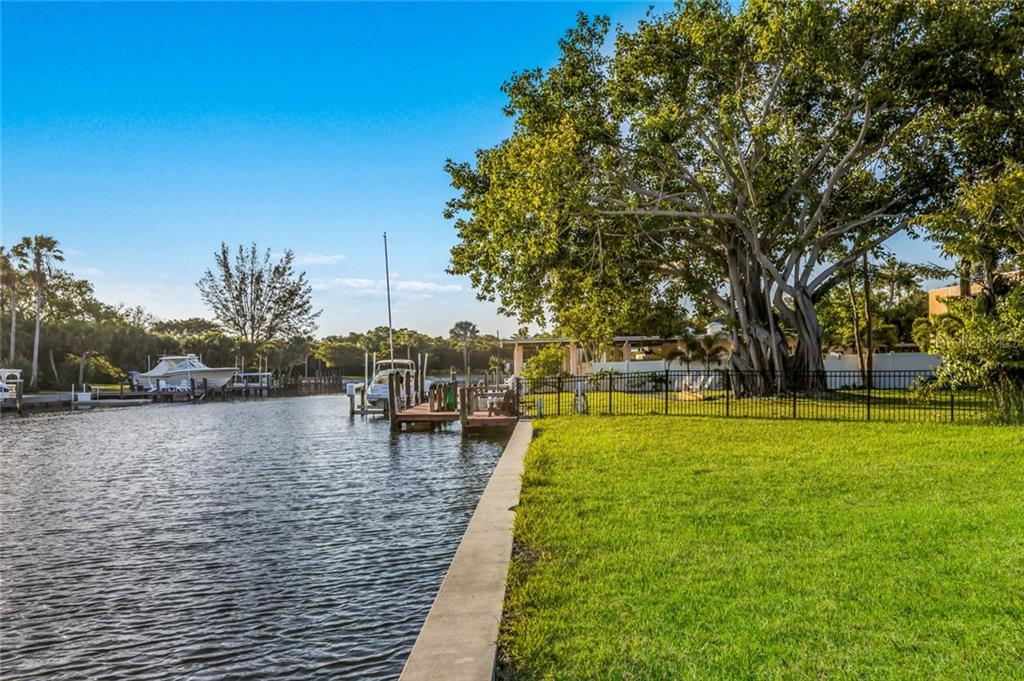 Southern view of canal - Vacant Land for sale at 5910 Gulf Of Mexico Dr, Longboat Key, FL 34228 - MLS Number is A4450538