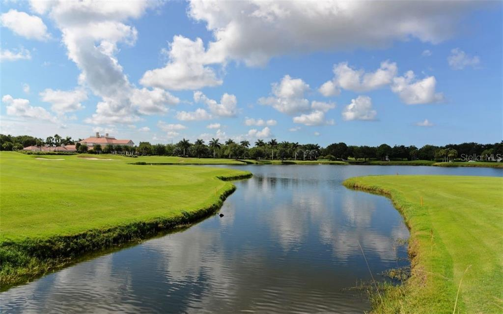 Two Championship Golf Courses - Single Family Home for sale at 586 N Macewen Dr, Osprey, FL 34229 - MLS Number is A4451482