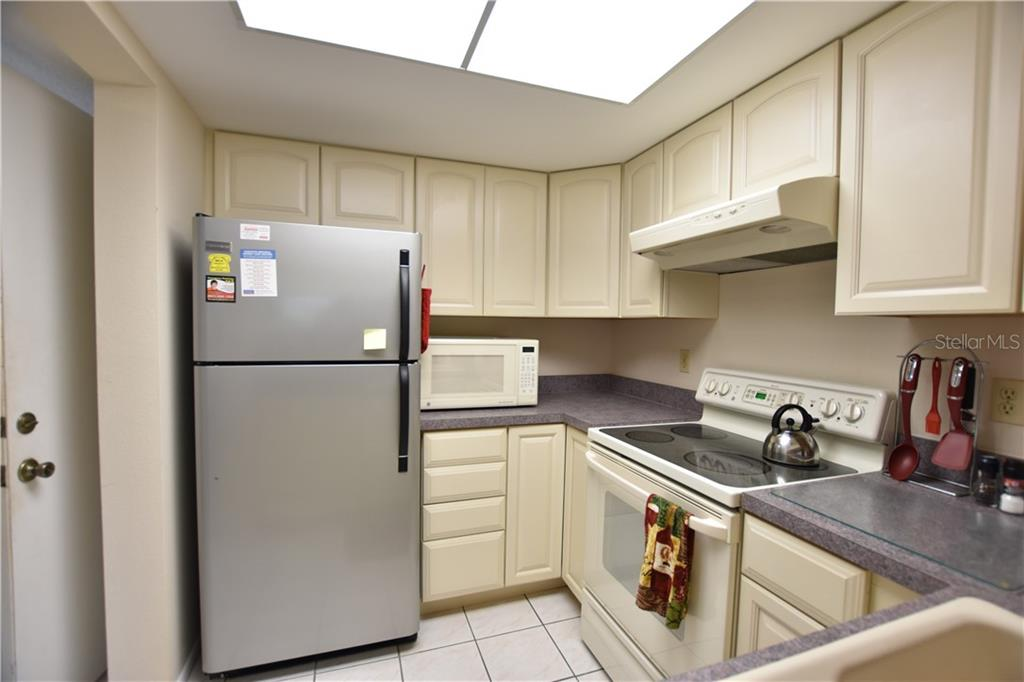 Condo for sale at 4650 Ringwood Mdw #37, Sarasota, FL 34235 - MLS Number is A4451759