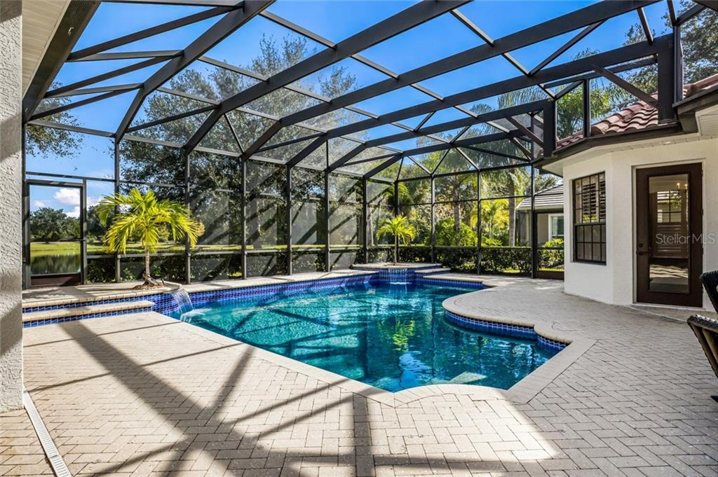 Single Family Home for sale at 12551 Highfield Cir, Lakewood Ranch, FL 34202 - MLS Number is A4452079