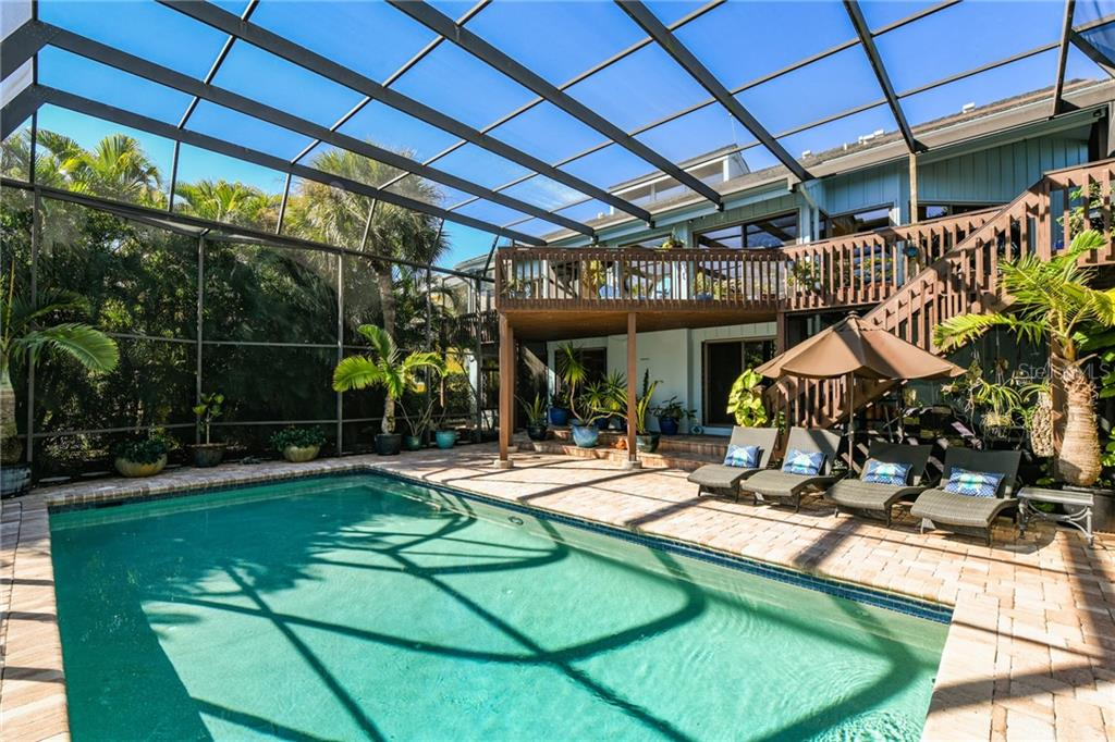 Single Family Home for sale at 5823 Riegels Harbor Rd, Sarasota, FL 34242 - MLS Number is A4452837