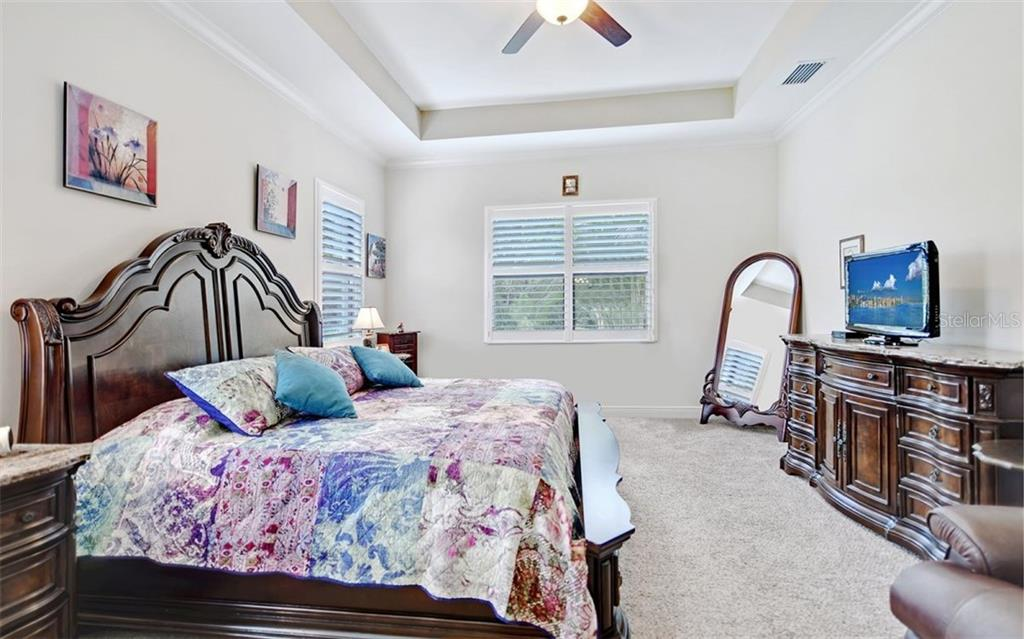Master Bedroom - Single Family Home for sale at 8260 Larkspur Cir, Sarasota, FL 34241 - MLS Number is A4455087