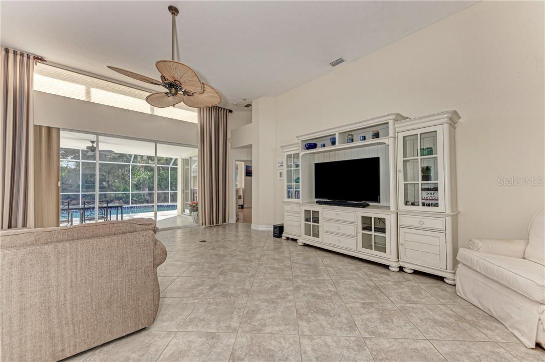 Single Family Home for sale at 6510 Berkshire Pl, University Pk, FL 34201 - MLS Number is A4455799