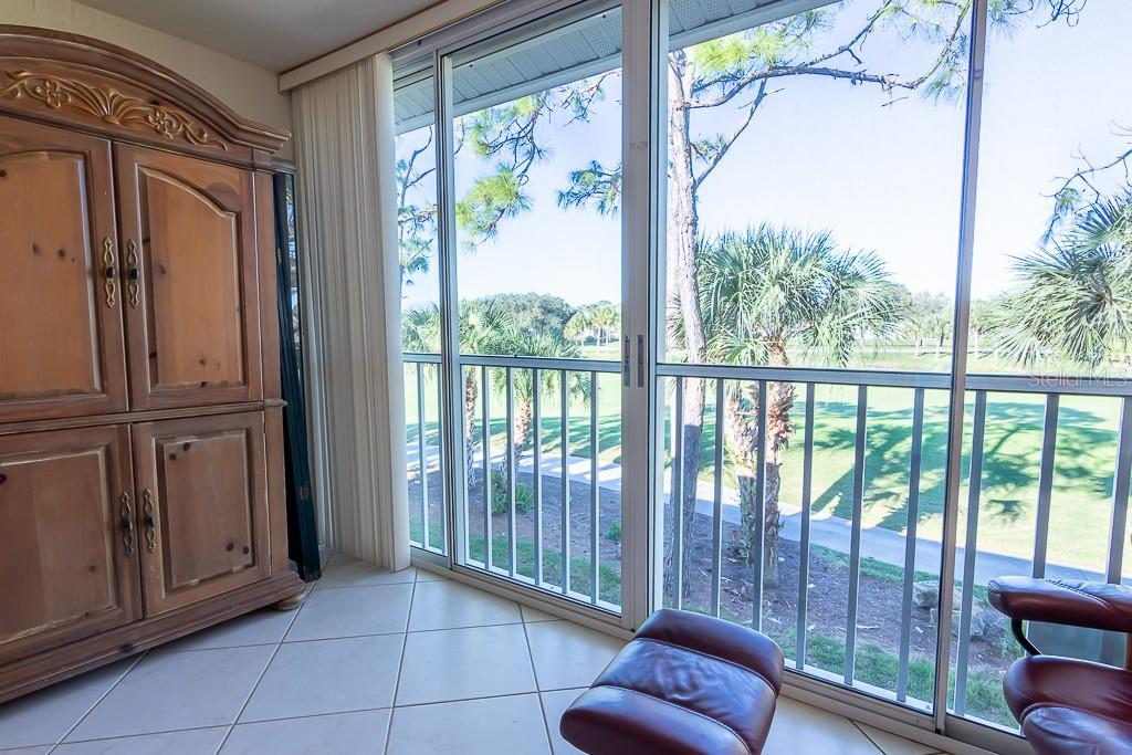 Lake/golf views - Condo for sale at 9570 High Gate Dr #1722, Sarasota, FL 34238 - MLS Number is A4457005