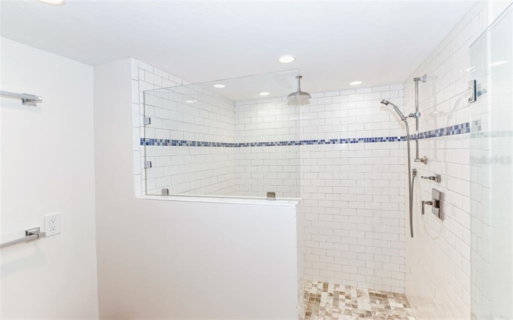 Oversized Shower in Master - Condo for sale at 5635 Gulf Of Mexico Dr #102, Longboat Key, FL 34228 - MLS Number is A4458745