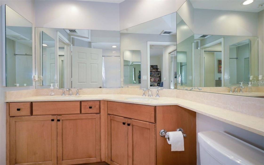 Ensuite bath - Condo for sale at 100 Central Ave #A304, Sarasota, FL 34236 - MLS Number is A4458873