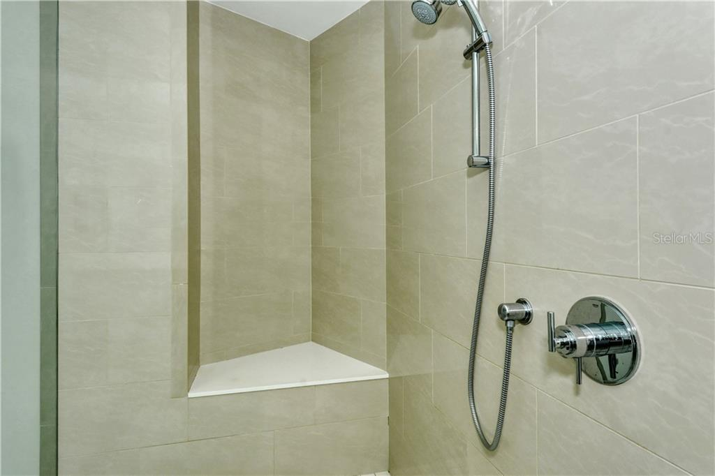 Master bath shower - Condo for sale at 1155 N Gulfstream Ave #507, Sarasota, FL 34236 - MLS Number is A4458926