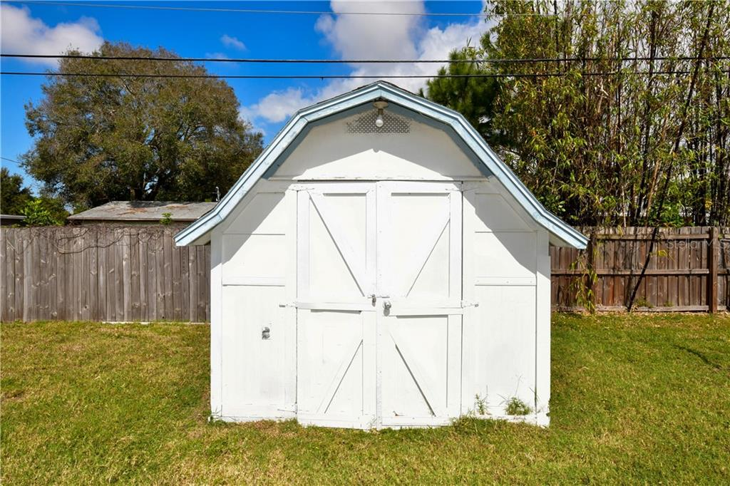 Shed in back yard - Single Family Home for sale at 2703 Trinidad St, Sarasota, FL 34231 - MLS Number is A4460680