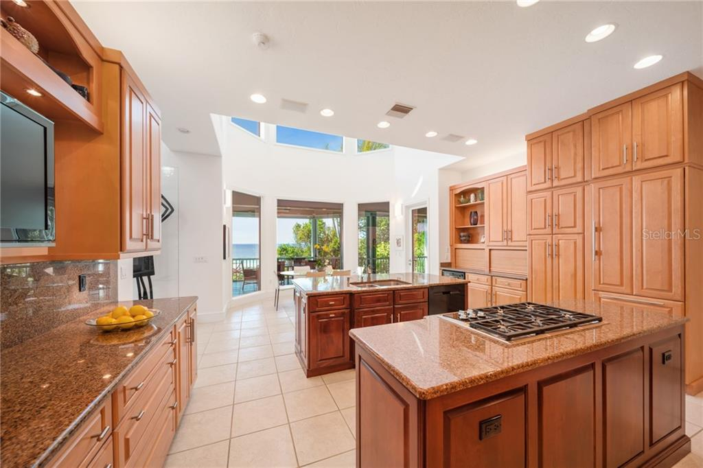 Single Family Home for sale at 8330 Sanderling Rd, Sarasota, FL 34242 - MLS Number is A4461384