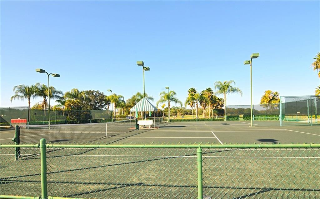 Tennis anyone? - Villa for sale at 4605 Samoset Dr, Sarasota, FL 34241 - MLS Number is A4463082