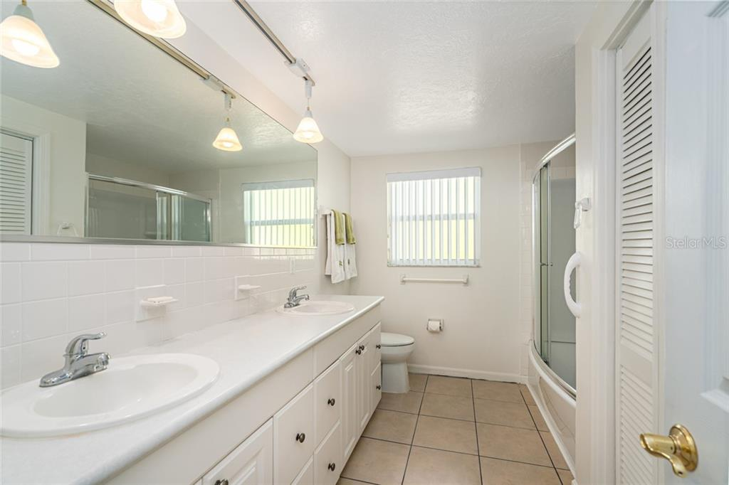 Single Family Home for sale at 603 Albee Rd W, Nokomis, FL 34275 - MLS Number is A4467184