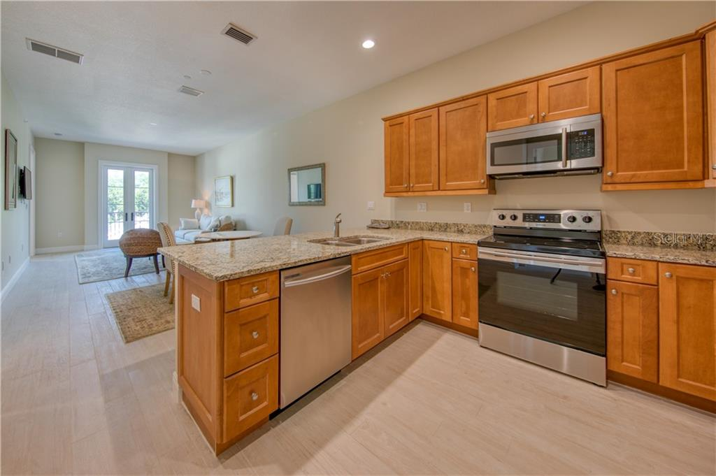 Condo for sale at 525 N Orange Ave #304, Sarasota, FL 34236 - MLS Number is A4468875