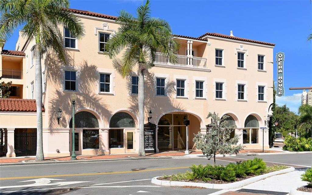 Enjoy dinner downtown followed by one of the many cultural activities that Sarasota has to offer. - Condo for sale at 609 Golden Gate Pt #201, Sarasota, FL 34236 - MLS Number is A4468917