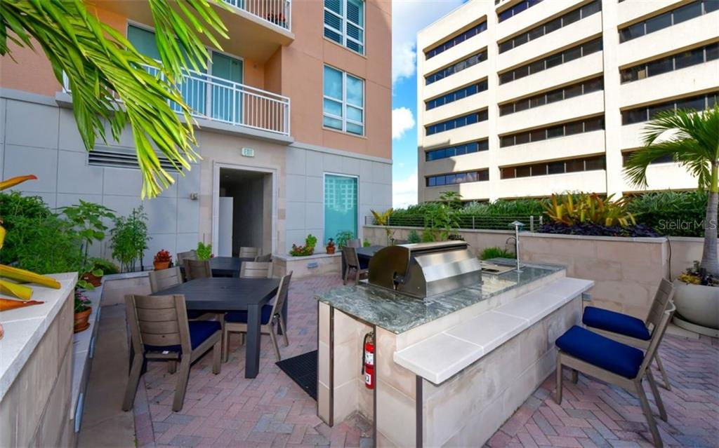 Grilling station - Condo for sale at 1350 Main St #1001, Sarasota, FL 34236 - MLS Number is A4472708