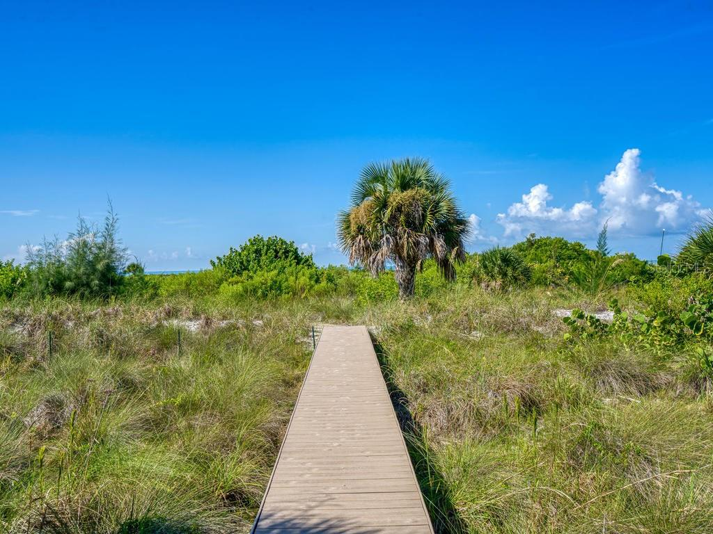 Walkway to beach access - Single Family Home for sale at 500 Beach Rd #1, Sarasota, FL 34242 - MLS Number is A4474527